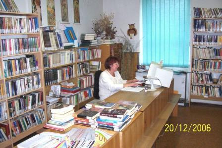 OBRÁZEK : knihovna_1w.jpg